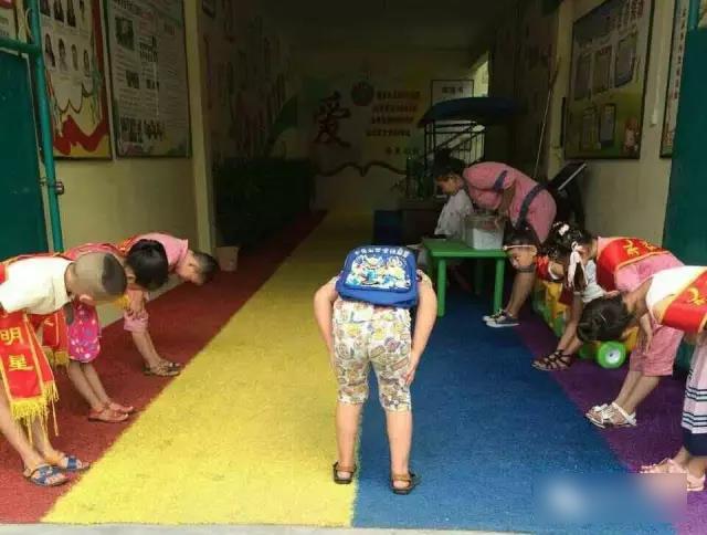 重阳节活动   幼儿园感恩敬老活动详细方案